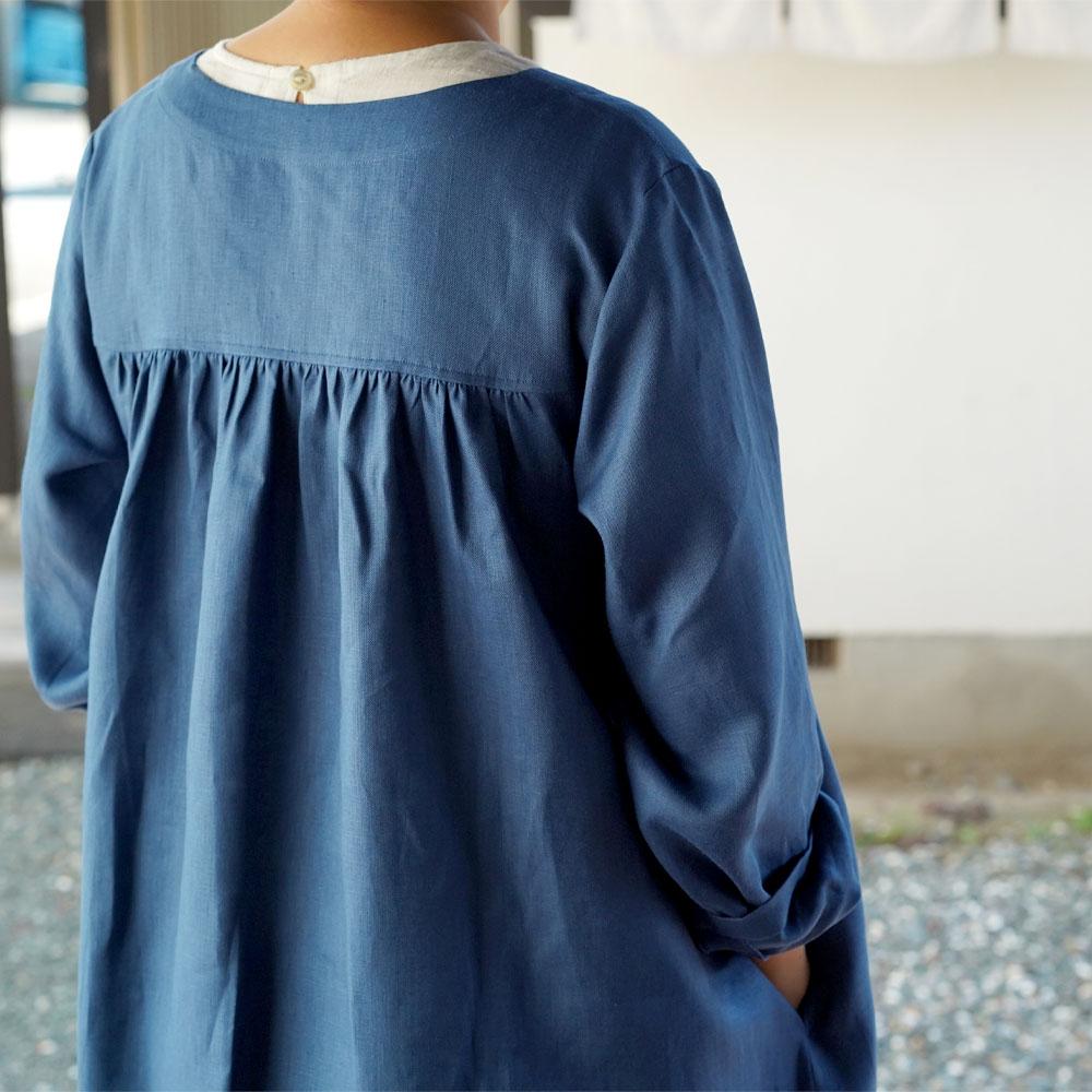 中厚 リネン ワンピース スリットネック ギャザー ヨーク ドレス / ブルー マリーヌ【M-L】a033a-bum2