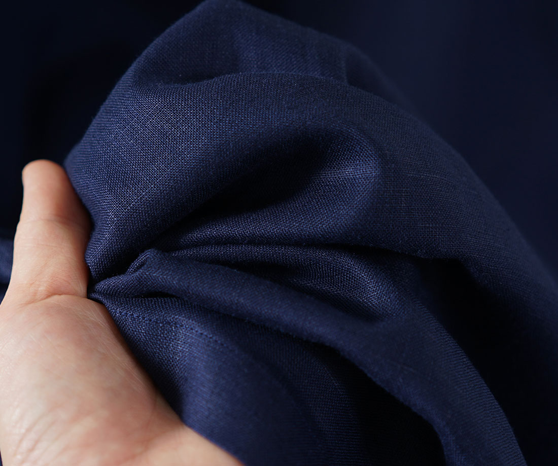 薄地 リネン ワンピース ロールアップ袖 サイドスリット クルーネック リネンドレス 膝下丈 重ね着に / オリエンタルブルー【free】a043b-obn1
