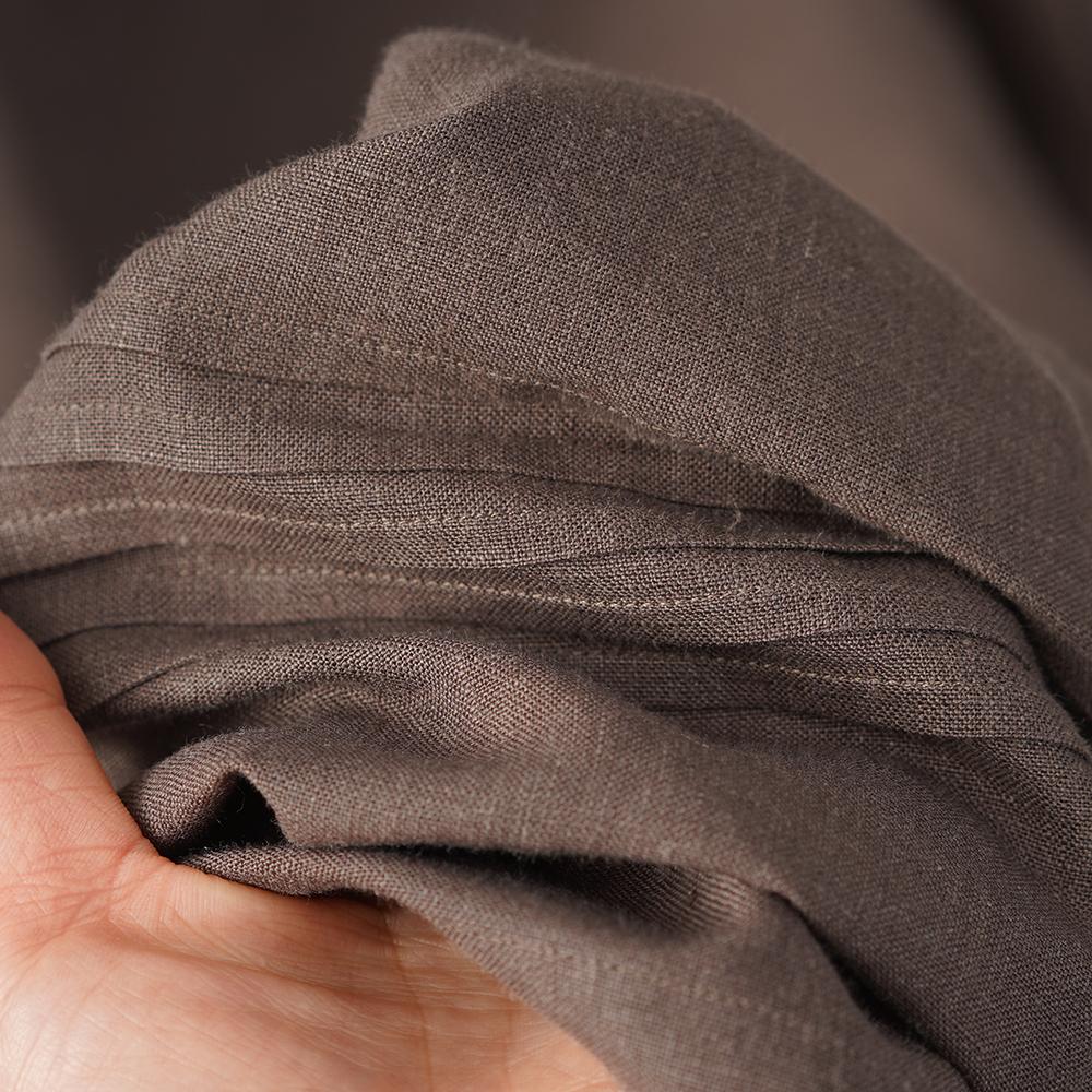 やや薄地 リネン 先染め ワンピース 美ネックドレス ピンタック スタンドカラー リネンドレス パフスリーブ ふんわり袖 ミモレ丈 半端袖 / 樺茶色(かばちゃいろ)【M-L】a079b-kab1
