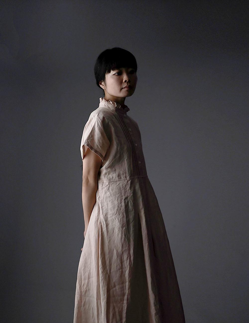 【wafu】Ruffle neck pintuck dress リネン ワンピース ハンドワッシャー 中厚 / ミスティーローズ a090a-mrs2