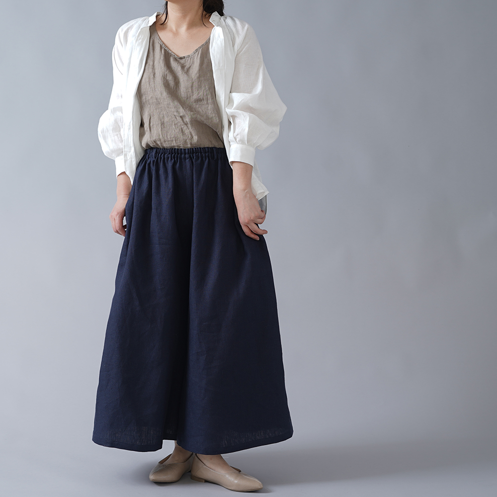 【wafu】中厚 リネンクロップド ワイドパンツ ベルトループ ポケット付/ネイビー b002m-neb2