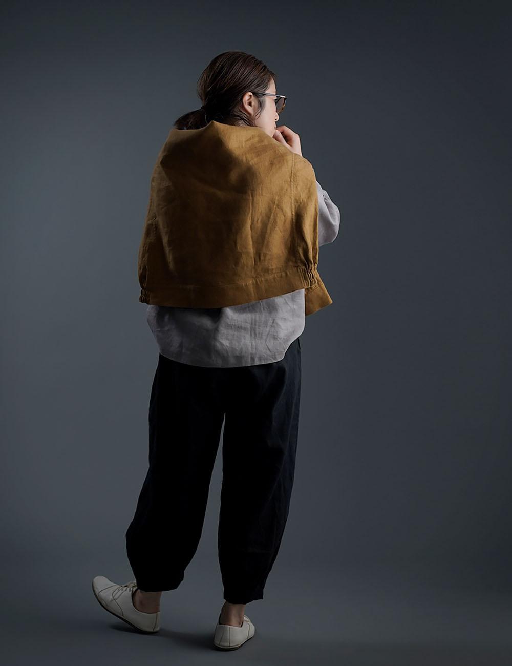Linen Pants 裾タック ボトムス ヨガパンツにも / 黒色 b013a-bck1