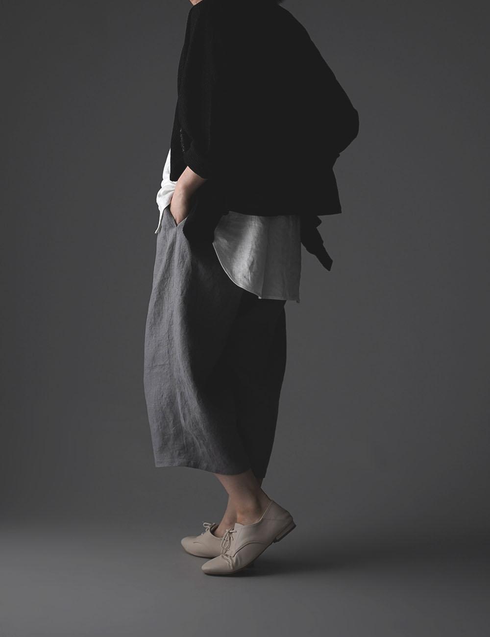 【wafu】 cropped Linen pants 男女兼用 クロップド丈 リネンパンツ 先染め 中厚地 /スチール・グレイ b018g-stg2