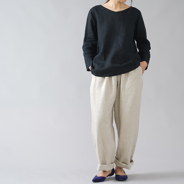 【wafu】雅亜麻リネン インナー ブラウス 浅いVネック 黄金比率のネック角度/黒色 p013a-bck1