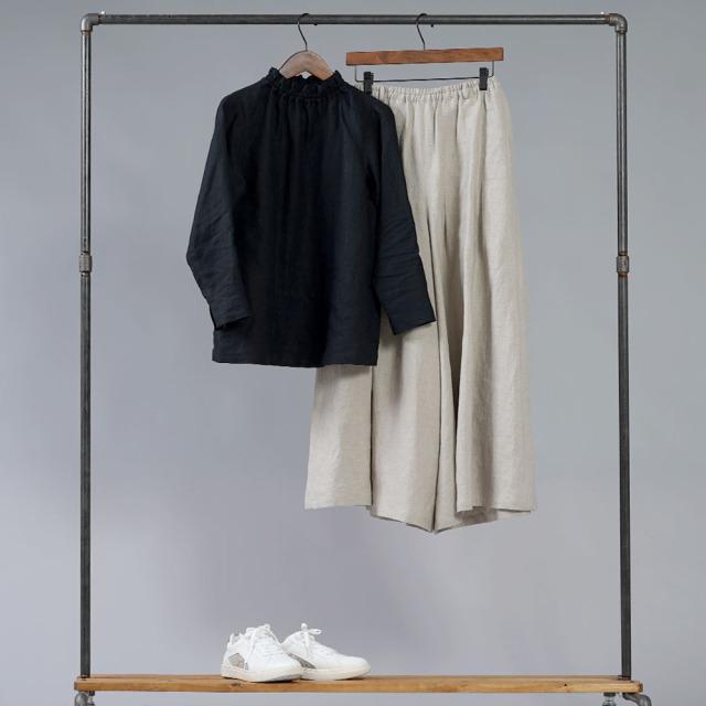 【wafu】雅亜麻 リネン タートル ネック インナー  袖スリット コーデの幅が広く万能に使えます。/ p014a-bck1