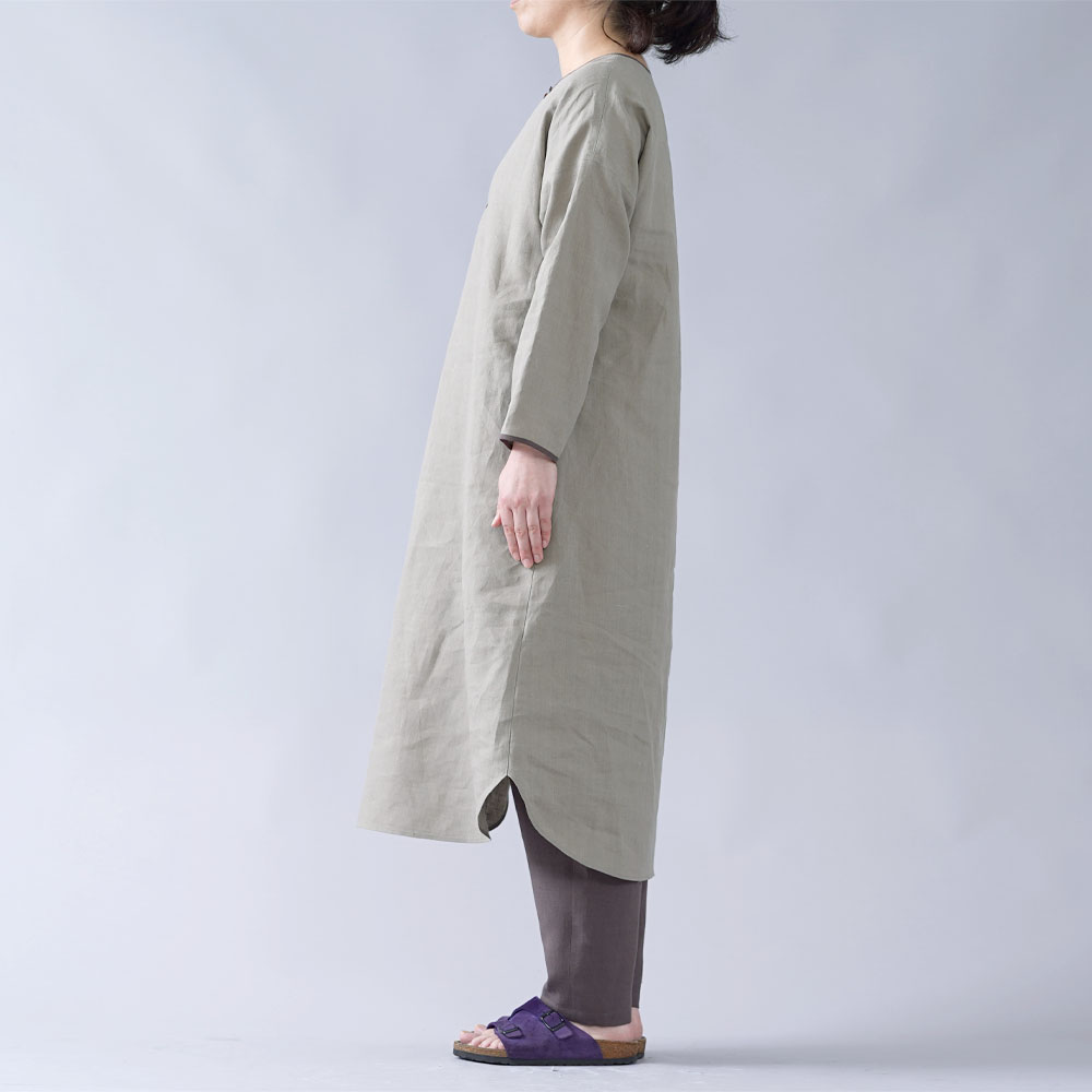 【wafu】【wafu】やや薄 リネン ルームウェア パジャマ  ワンピース+パンツセット / 利休色×樺茶色 r011a-rku1