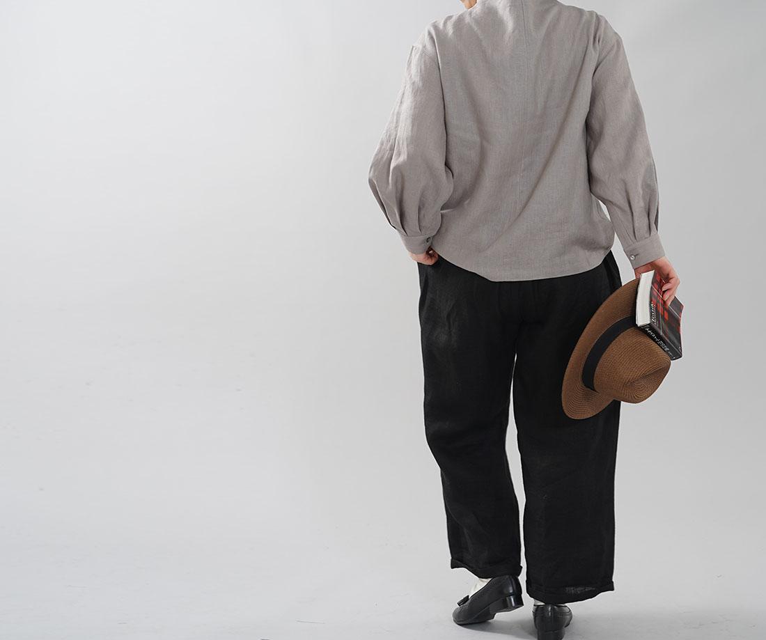 中厚 リネン ブラウス レイズド・ネックライン タック袖ドロップショルダー カフス袖 長袖 シャツ リネントップス / アッシュパール【M-L】t004d-asp2