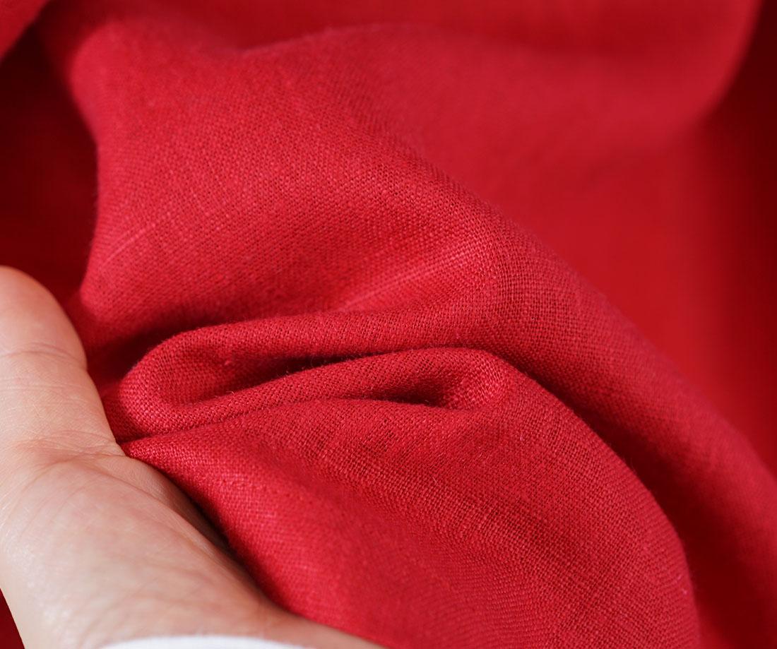 中厚 リネン ブラウス スタンドカラー ドロップショルダー シンプル 長袖 シャツ チュニック / レッド シャツ ブラウス スタンドカラー ハイネック 襟付き 長袖シャツ 長袖 長袖ブラウス トップス カットソー リネン 麻 リネントップス 麻トップス リネンブラウス リネンシャツ 無地  無地シャツ 無地ブラウス 赤 赤色 レッド シェルボタン 貝ボタン スキッパーシャツ スキッパーデザイン トレンド 旬 着こなし 春 夏 秋 冬 レディース wafu 新作