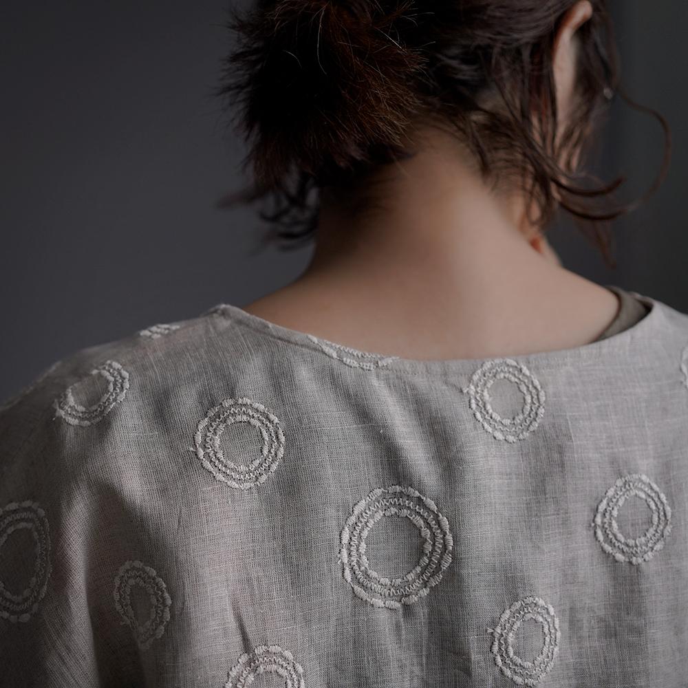 「8/23 21:00 販売開始」Linen embroidery ビッグシルエット Tシャツ /サークル刺繍 亜麻ナチュラル t041h-ssa2