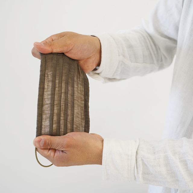 リネン マスク 柔らかいWガーゼリネン100% 抗菌 防臭 速乾 蛇腹プリーツ ゴム調整可能 丸洗いOK / ブラック z021a