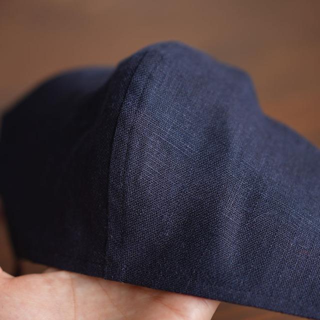 リネン 2重仕様  立体マスク 柔らかいWガーゼリネン100% 抗菌 防臭 速乾 ゴム調整可能 丸洗いOK 予備紐付き/ネイビーz021g-neb4